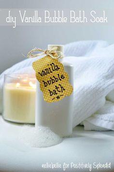 DIY Vanilla Bubble Bath Soak