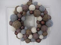 Winter colors yarn ball wreath