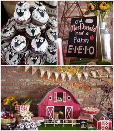 Old McDonald Farm themed birthday party via Kara's Party Ideas