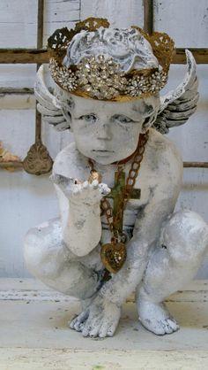 spero design, kiss, shabbi chic, shabby chic, crown, garden angels, anita spero, cherub statu, christma