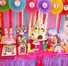Princess party backdrop. Super cute!