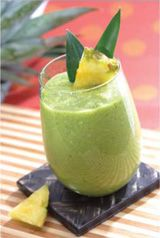 Kale and Pear Smoothie.  green grapes, orange, pear, banana, kale, water, ice. (Vitamix)