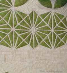 close up, Crop Circle, Morgans Hill, 2 August 2009 by Joanne Shapp.  2013 Houston IQF, photo by Quilt Inspiration