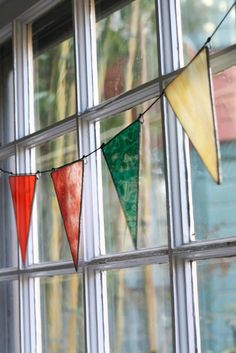 Stained glass pennants
