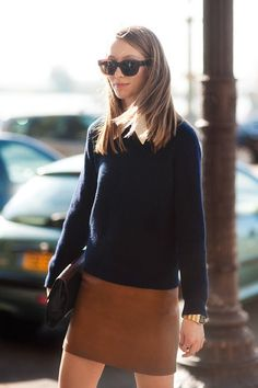 BROWN TAN LEATHER SKIRT WHITE COLLARED SHIRT RIBBED NAVY DARK BLUE SWEATER KNIT GOLD WATCH