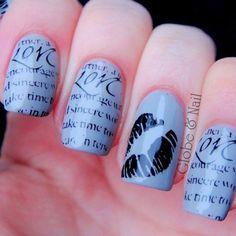 @emmaclarem amazing newspaper nails!