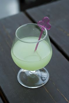 Blue Orchid     (2 oz Hpnotiq  1 oz vanilla vodka  1/4 oz orange juice)