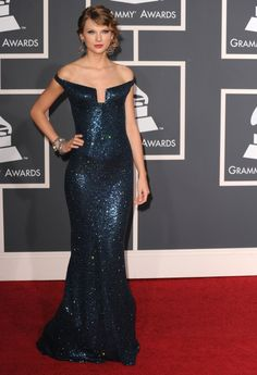 Taylor Swift wearing Kaufmanfranco at the 52nd Annual GRAMMY Awards in 2010