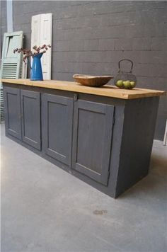 ... ophangsysteem voor keukenkastjes Trefwoorden: grutterskast, gebruikte