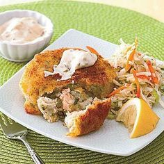Quick and easy dinner idea: Salmon Cakes