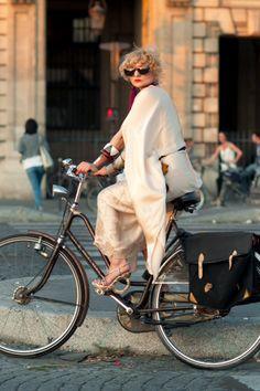 women cycling chic