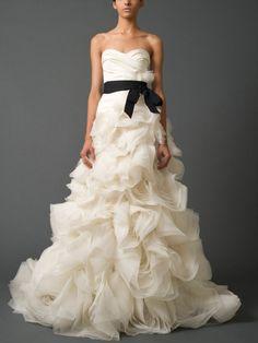 Ivory Strapless Sweetheart Fall 2011 A Line Draped Wedding Dress