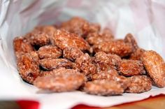 this blew my mind: Crockpot Cinnamon Sugar Almonds #genius