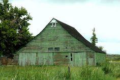 Green Barn in Plush | Flickr - Photo Sharing!