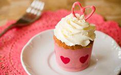 Bake Sale: White Chocolate Amaretto Cupcakes on PaulaDeen.com