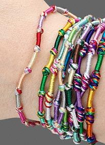 how-to make-friendship-bracelets