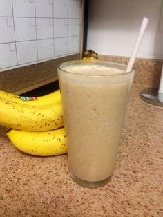 4pt PB&H Smoothie! - 1 banana - 1 Tbsp Light Peanut Butter - 1/2 Tbsp Unpasteurized Honey - 1/2 cup Vanilla Almond Milk - 6 large ice cubes * Blend until smooth - Add 1/2 tsp Madagascar Vanilla - Add Cinnamon and All Spice to taste Enjoy!