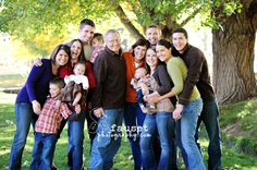 family pictures, family pics, larg famili, family portraits, photography blogs, famili photo, group photo, large families, large family photos
