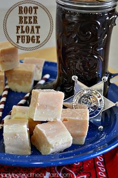 Root Beer Float Fudge - Lady Behind the Curtain - This root beer float fudge really tastes like a root beer float!  A nice change from the dark chocolate fudge.