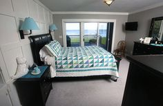 Master bedroom with a view of Oneida Lake in New York
