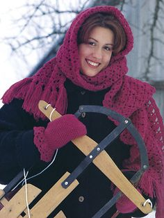 Free Crochet Pattern Winter Ensemble - Hooded Scarf and Mittens
