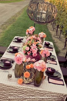 Wow tablescape!