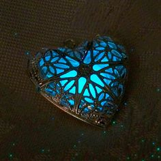Kaged Heart - Mystical Glowing Flower Design - Amazing Long Lasting Glow in the Dark Effects