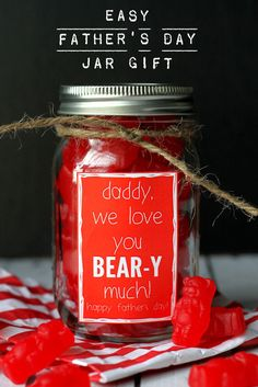 Super CUTE and SIMPLE Father's Day gift that says how BEAR-y much you love him! { lilluna.com } #fathersday