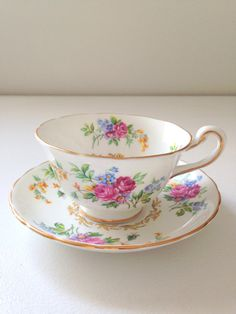 Vintage English Chelsea Fine Bone China Tea Cup by MariasFarmhouse