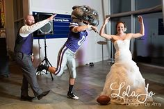 KSU Willie Wildcat at K-State wedding...man wish we would have done this