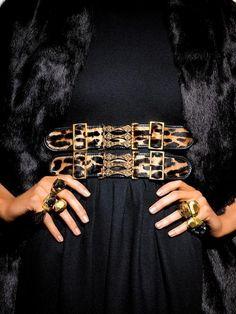 Black dress. Black fur. Leopard print. Gold accessories.