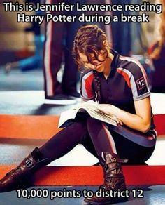 Jennifer Lawrence Reading