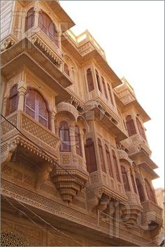 Picture of Oriental front house with many balconies, Jaisalmer, India