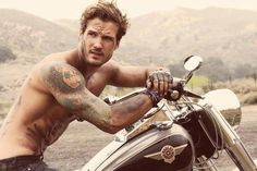 #HunkDay oh, oh, oh - Found one!