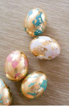 Gold marbleized eggs