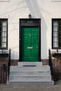 Kelly green front door?