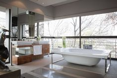 Charming bathroom de