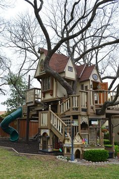 Freaking awesome tree house.  Can I live here?