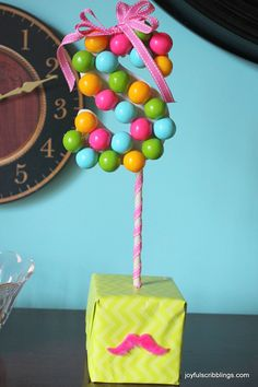 How to make DIY gumball monogram centerpieces: A cute project for the first day of school.