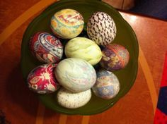 How to 'Tie Dye' Easter Eggs Using Silk Ties (a step-by-step guide with pictures)
