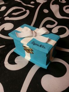 Sigma & Co. Badge box for my little!