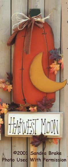 """Harvest Moon yard stake  pattern packet #149 """"Harvest Party"""" by Sandra Brake of Country Blessings  http://thewoodshopintn.com/"""