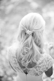 hair idea, event planning, hair clips, style, weddings, the dress, wedding hairs, beauti, hairstyl