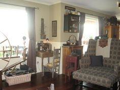 Primitive Gathering Room (CHANGES!!), I love collecting primitives and antiques...just hard to find a space to fit them in!  It keeps me changing things which is all part of the fun., Living Rooms Design