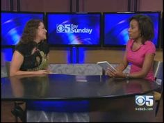 Female polyglot explains how to learn languages (CBS) - YouTube