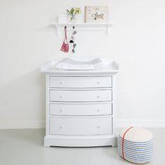 Dresser with nursery top, white - Kids | Oliver Furniture