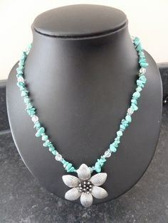 turquoise flower necklace £10.00