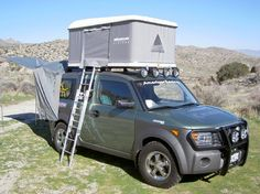 Honda Element with Maggiolina roof top tent