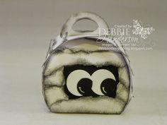 Halloween Mummy made with Stampin' Up! Curvy Keepsakes Box Die. Debbie Henderson, Debbie's Designs.