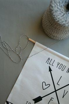 Adorable fabric arrow banner DIY, via @ARMOMMY (rae friis)